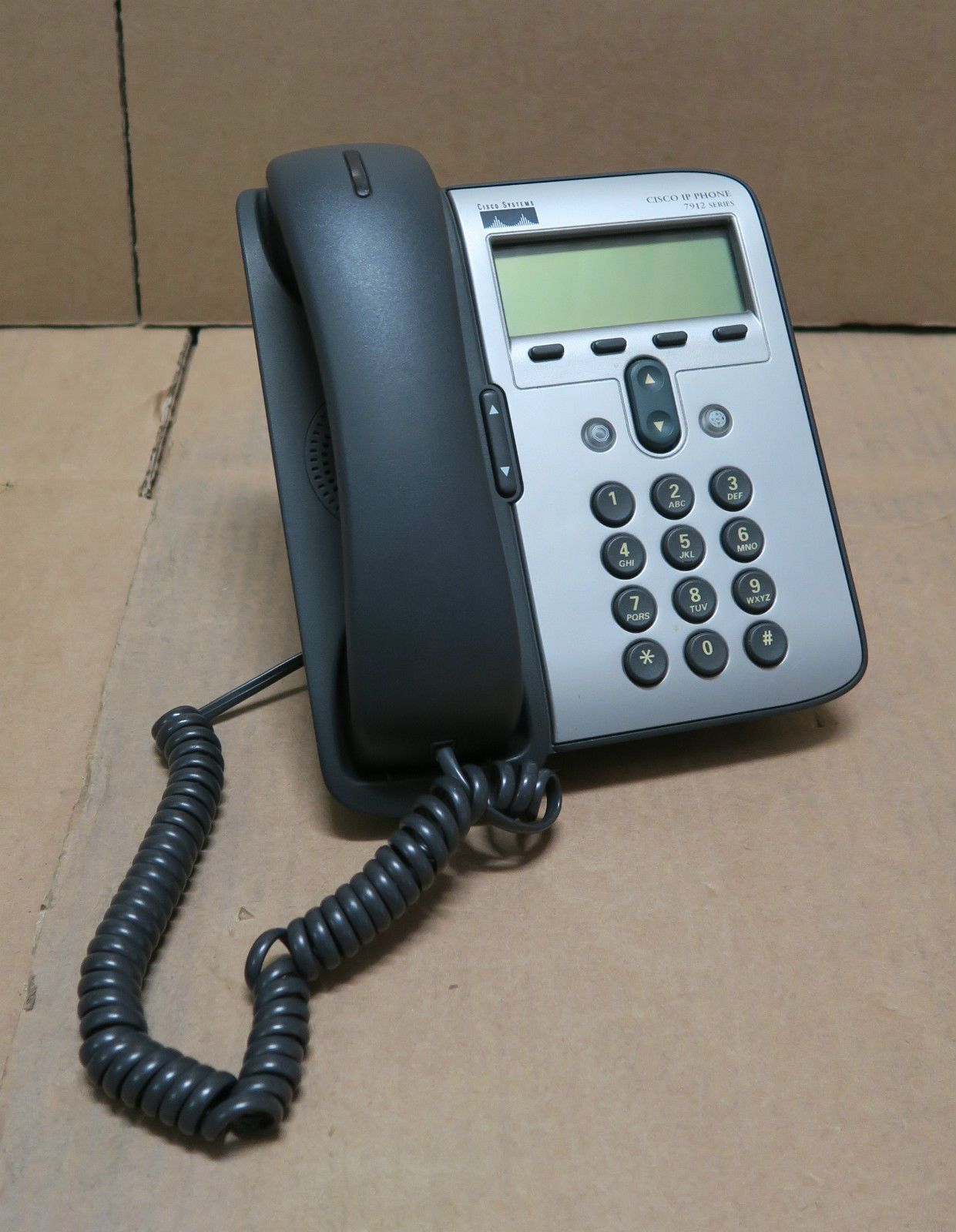 Cisco IP Phone 7912 CP-7912G-A VoIP Phone Desk Telephone & Stand